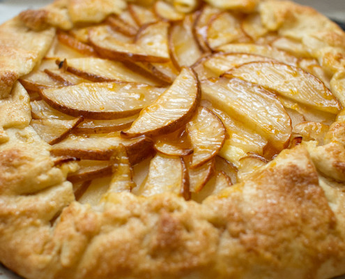 asian pear and lemongrass custard crostata