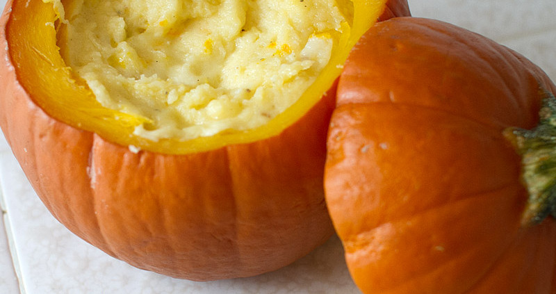 Just a perfectly happy little sugar pumpkin filled with cheesecake deliciousness!
