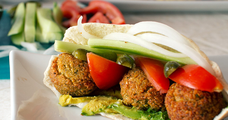 baked falafel with yogurt tahini sauce recipe on fmitk.com