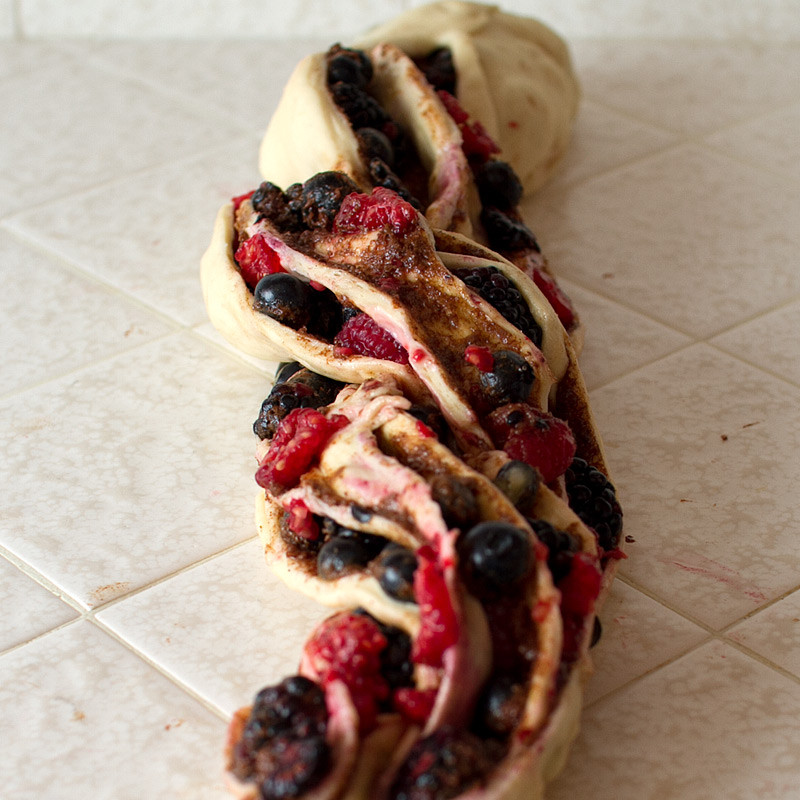 triple berry cinnamon swirl bread - #bakingbootcamp on FMITK.com
