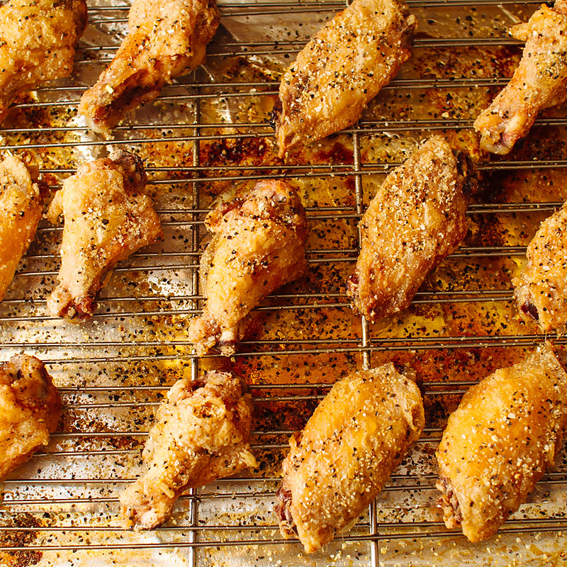 crispy oven baked chicken wings recipe on fmitk.com