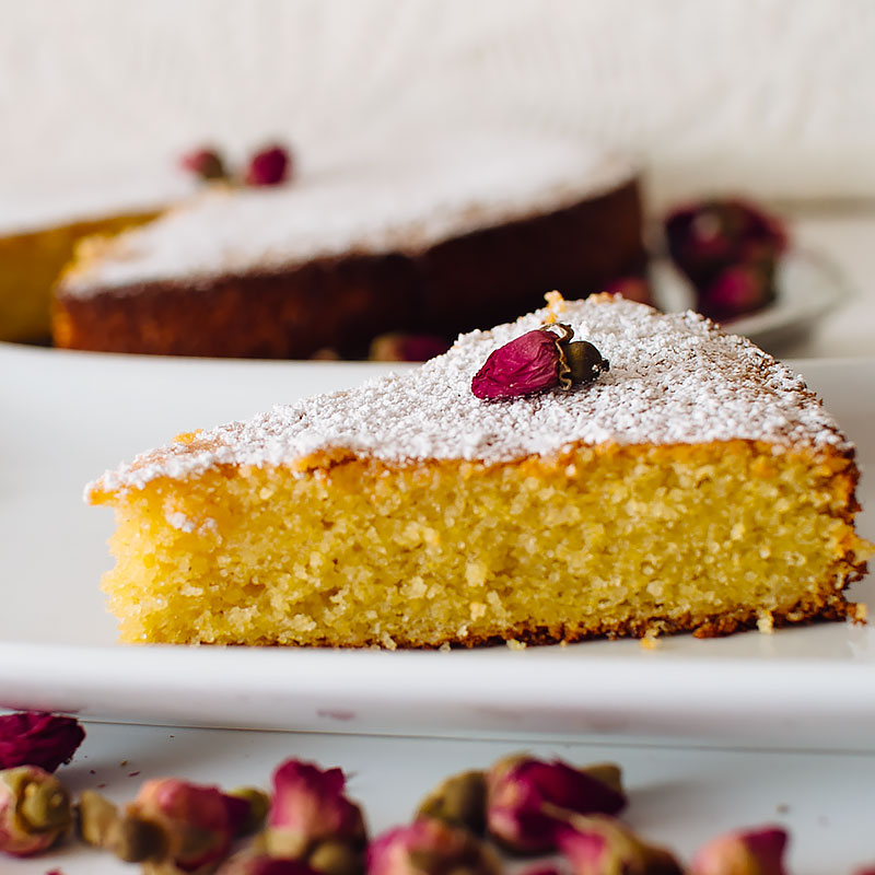 gluten free rose and cardamom cornmeal cake recipe on fmitk.com